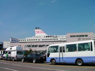 新日本海フェリーターミナル