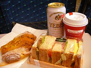 車内で朝食